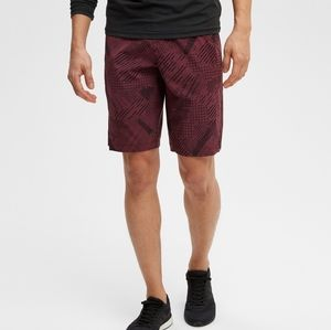 BNWT MEC Hercules Train Short